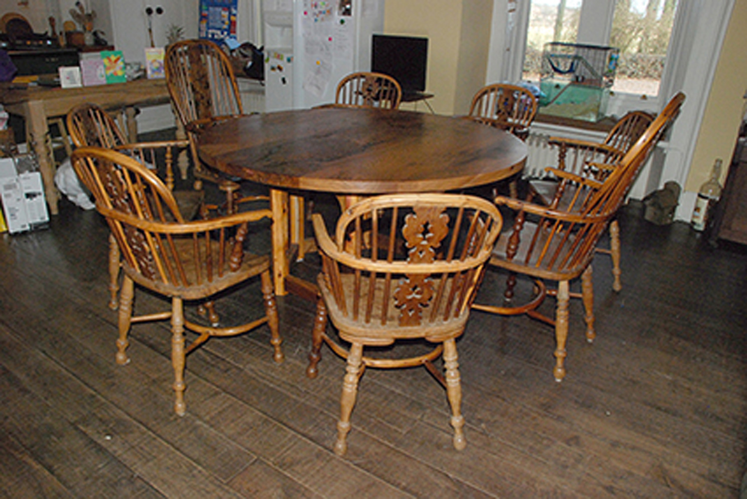 Circular Elm Yew Dining Table Additional Information
